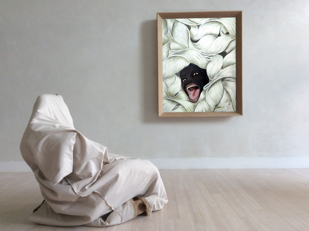 Kunstwerk von Michael Ray Charles mit verhülltem Sessel und Gemälde von schreiendem schwarzen Gesicht
