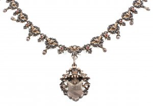 Jewellery photo of antique collier, silver