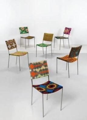 "Franz West, Sechs ""Kodu-Stühle"", Entwurf 1999, erzielter Preis € 106.250"