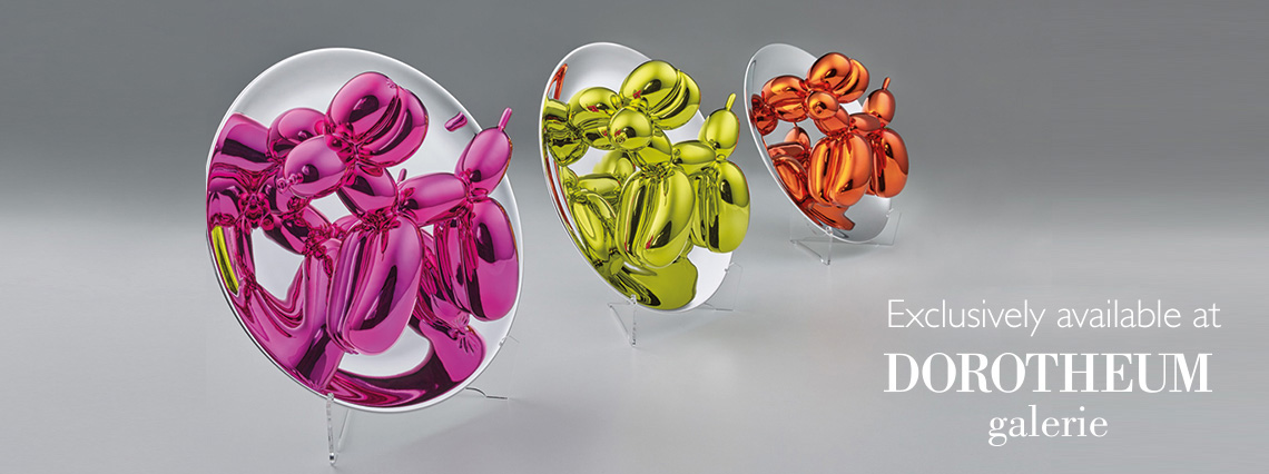 Balloon dog figurines by Jeff Koons at Dorotheum Galerie