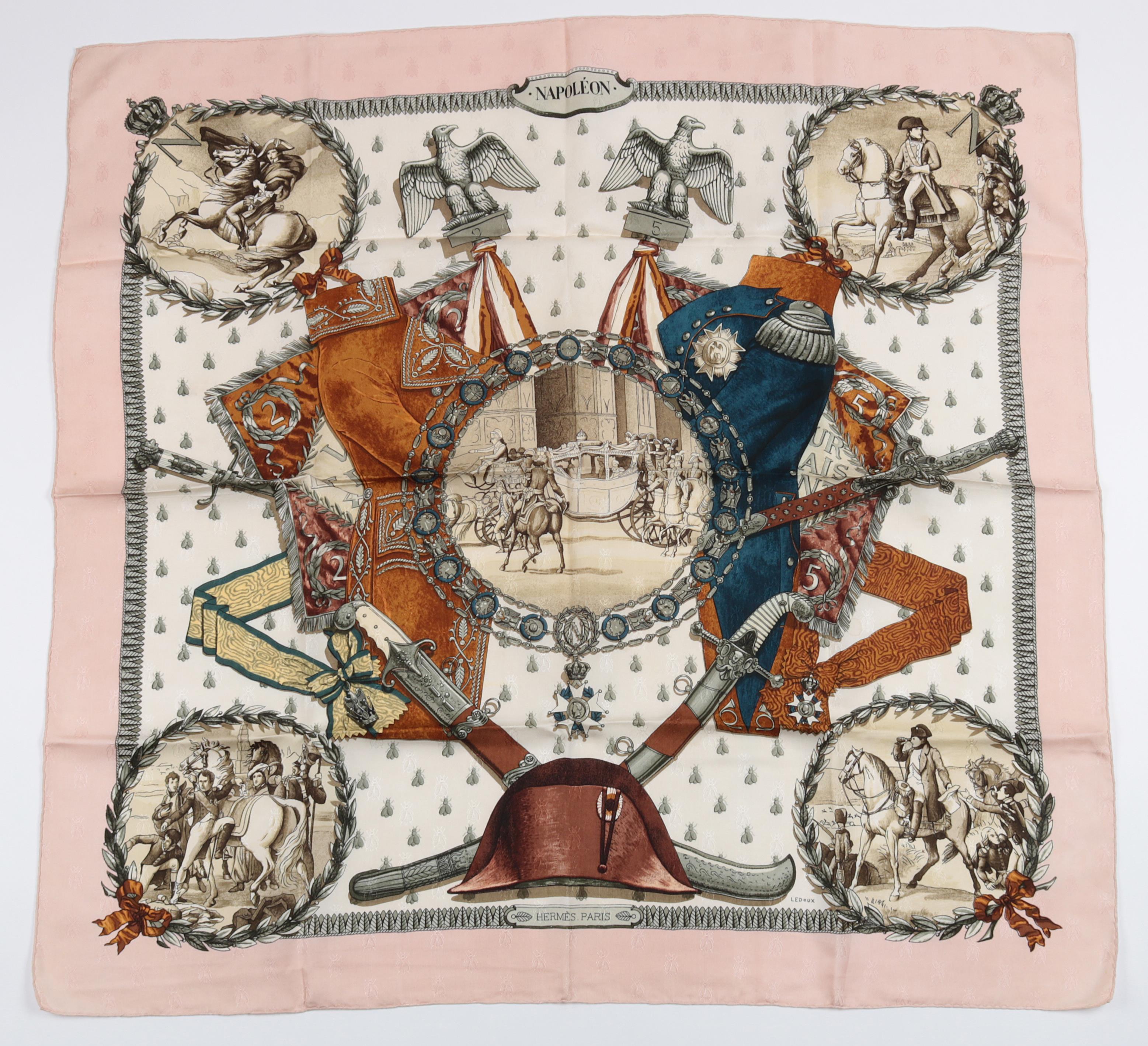 "Hermès Schultertuch ""Napoléon"",Entwurf Philippe Ledoux 1963, Seide, ca, 89 x 89 cm, Startpreis € 180"