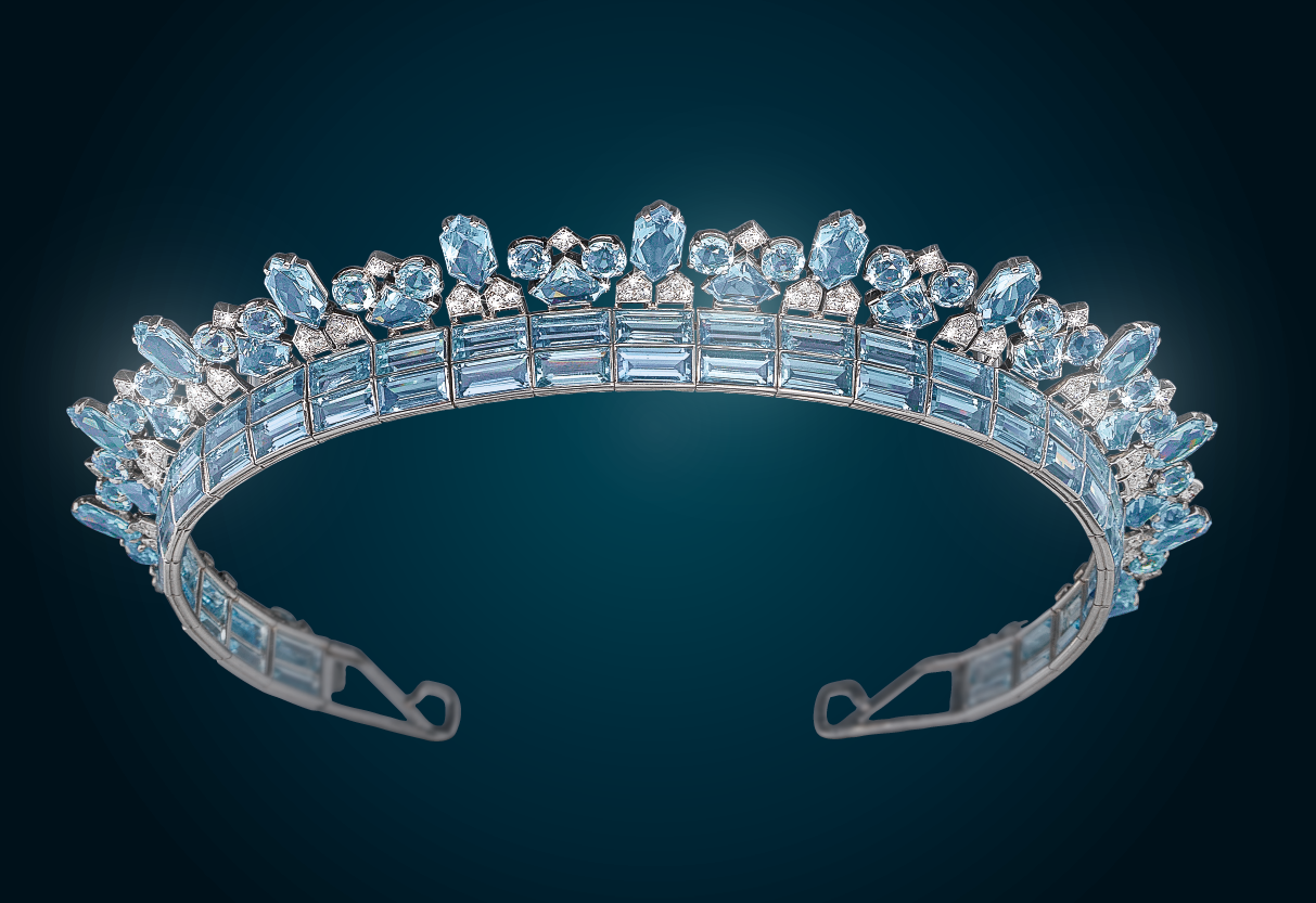 Cartier Art Deco Aquamarin Diadem Platin 950, Diamanten zus. ca. 4 ct, Aquamarine zus. ca. 70 ct, € 34.000 - 70.000